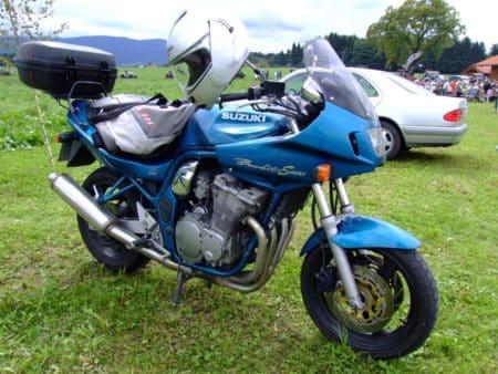 Suzuki_Bandit_S600