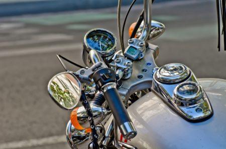 poignée chauffante moto